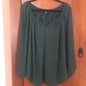 Karen Kane long sleeve blouse